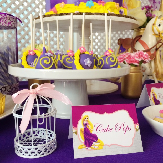 tangled-birthday-decoration-table-4