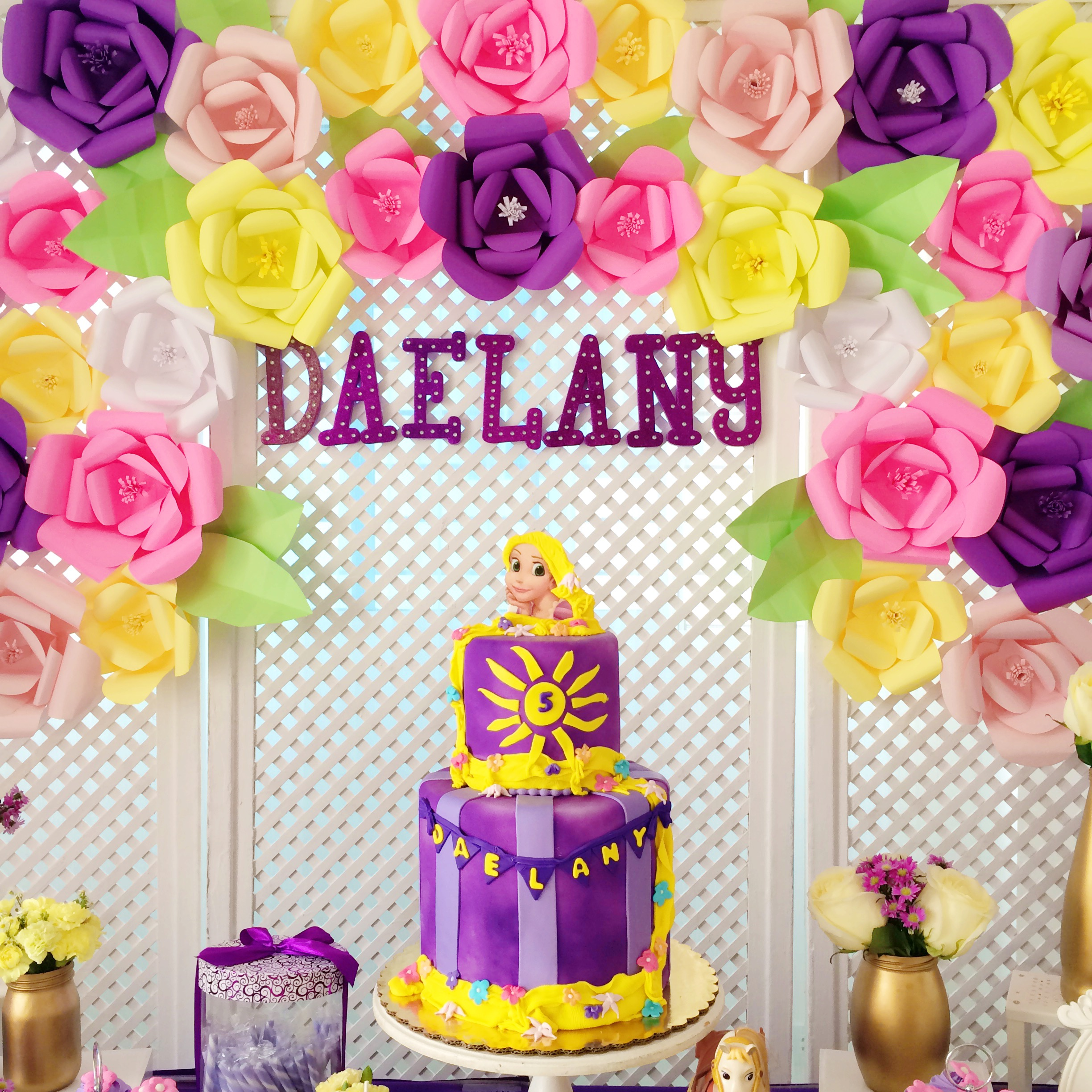 tangled-birthday-decoration-table-6