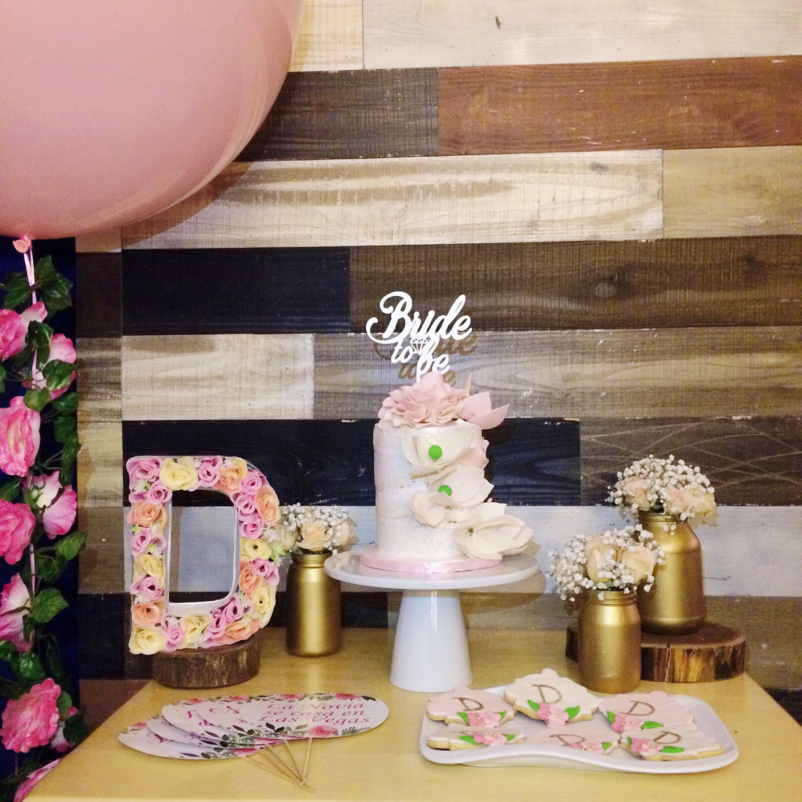 vintage-bridal-shower-cake-station-2