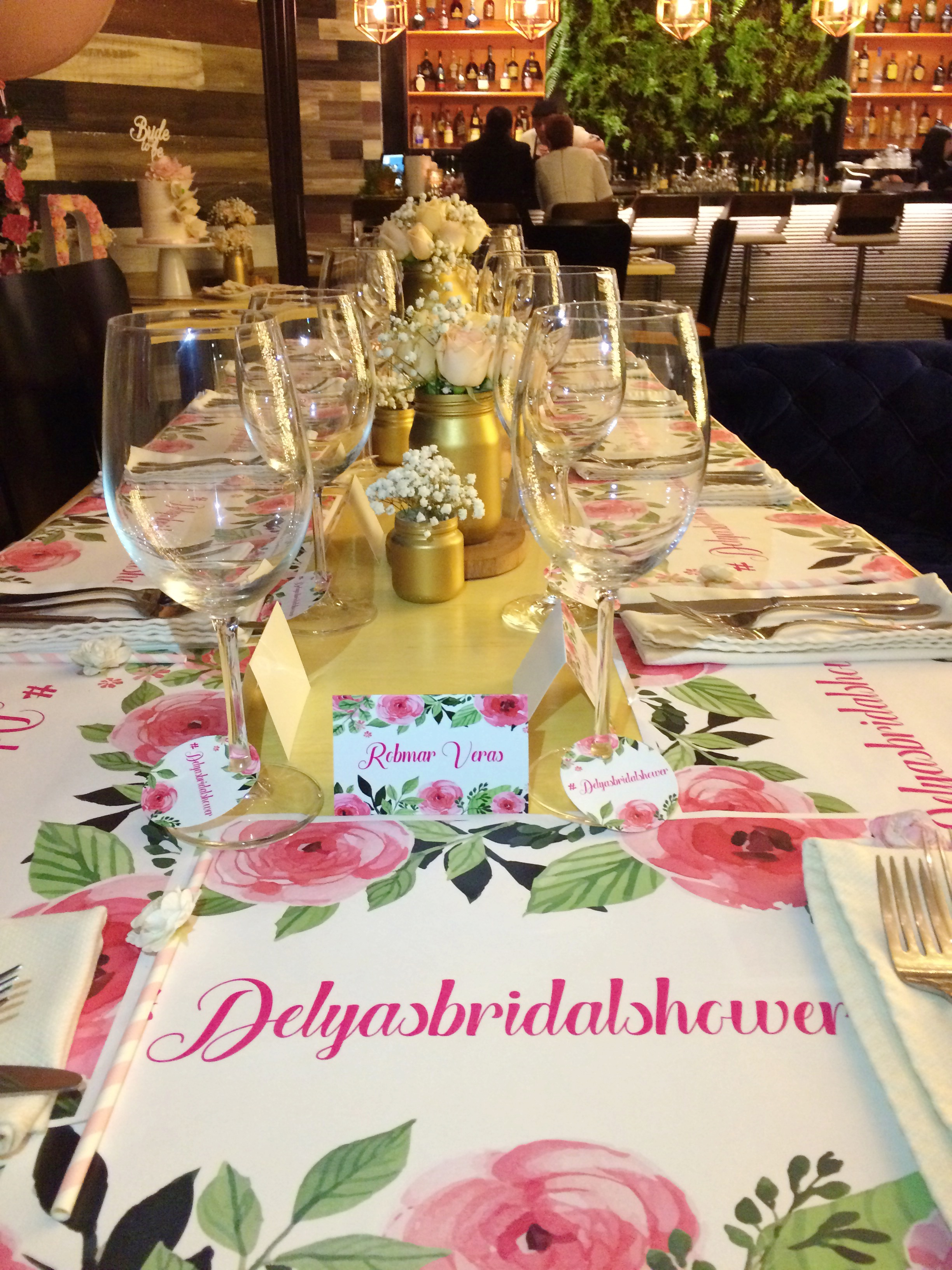vintage-bridal-shower-table-decor