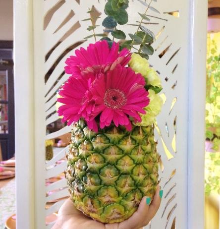 aniversario-sueno-de-ada-pineapple-centerpiece