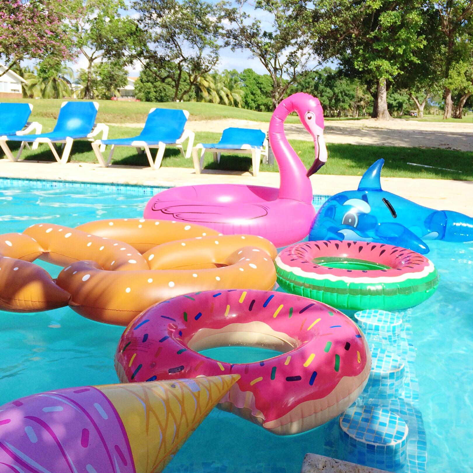 palms-spring-pool-4