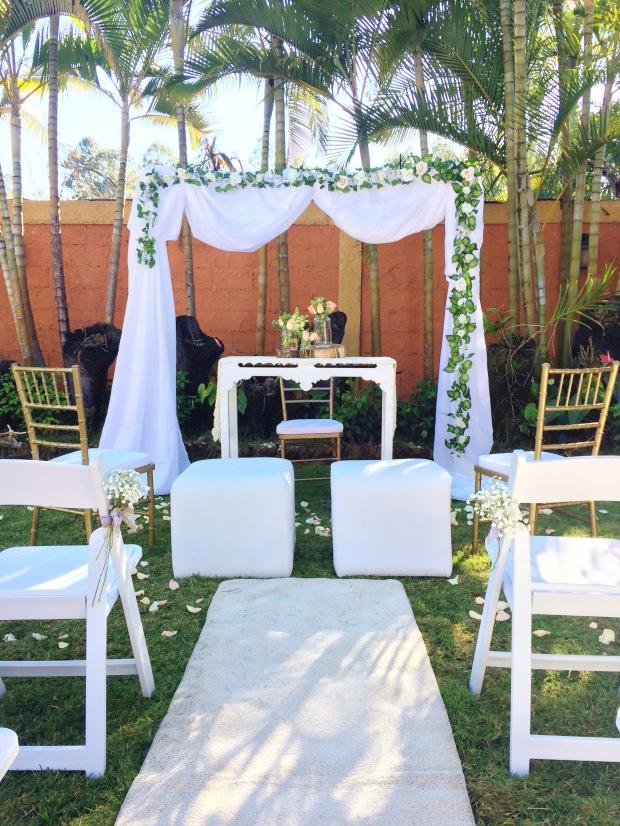 vintage-wedding-ceremony