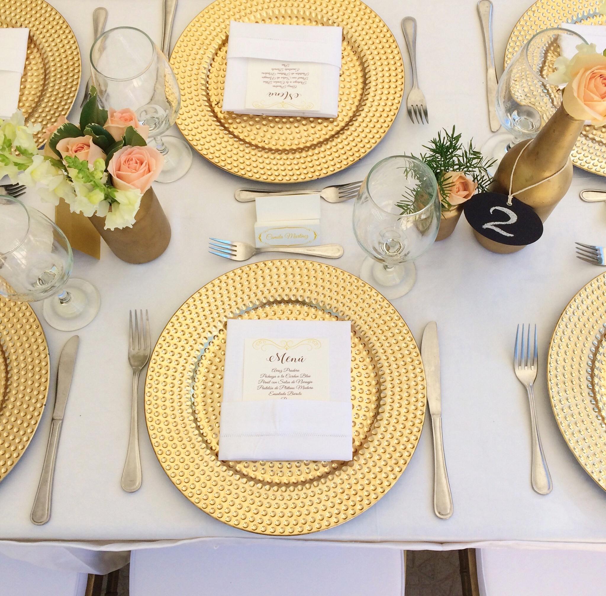 vintage-wedding-table-decor