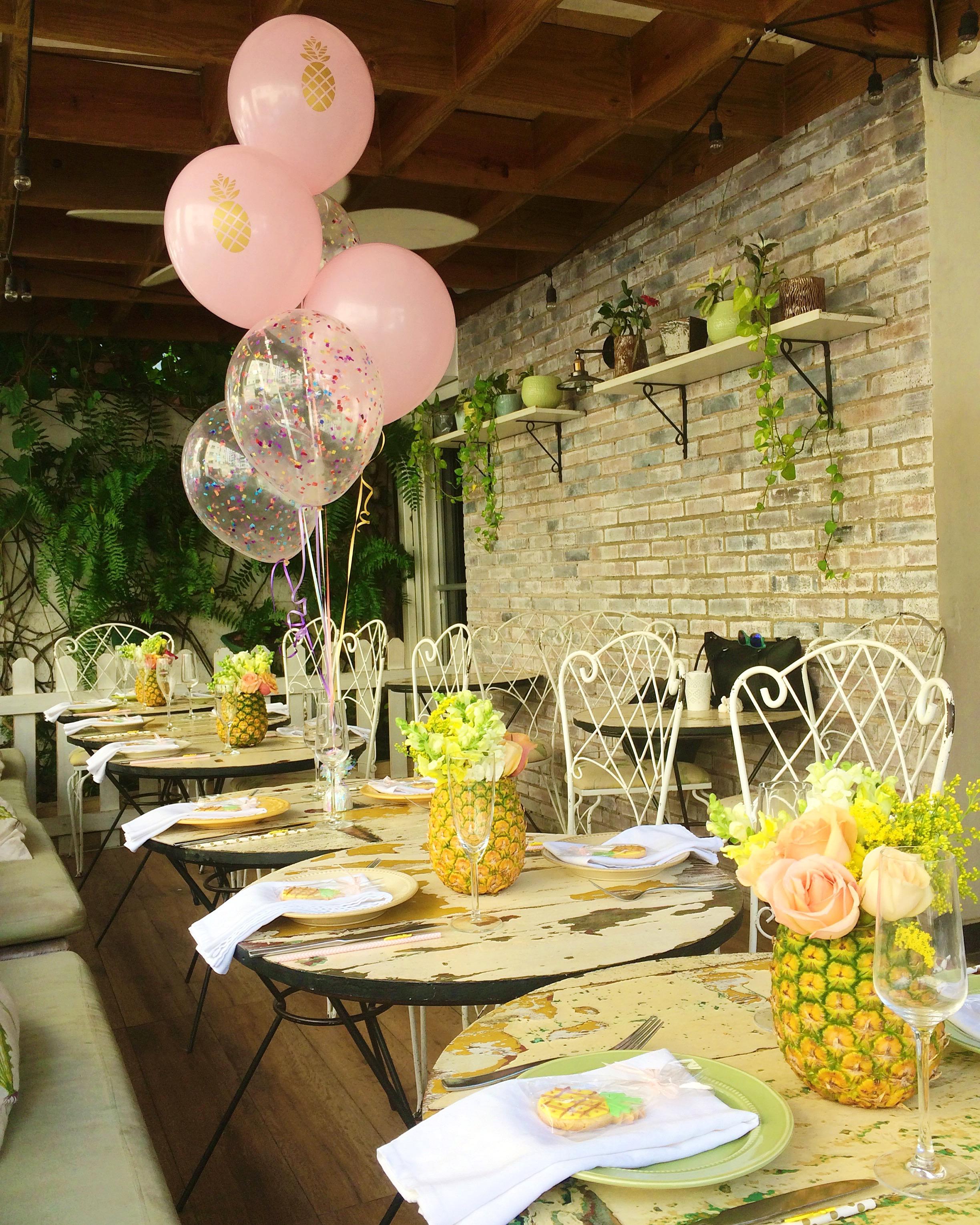 Pineapple Brunch- Table Decor